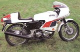 Norton John Player Norton 1975
